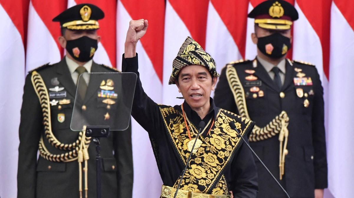 Usulan Jokowi Tiga Periode Adalah Manuver Elit Politik yang Tak Didukung Masyarakat