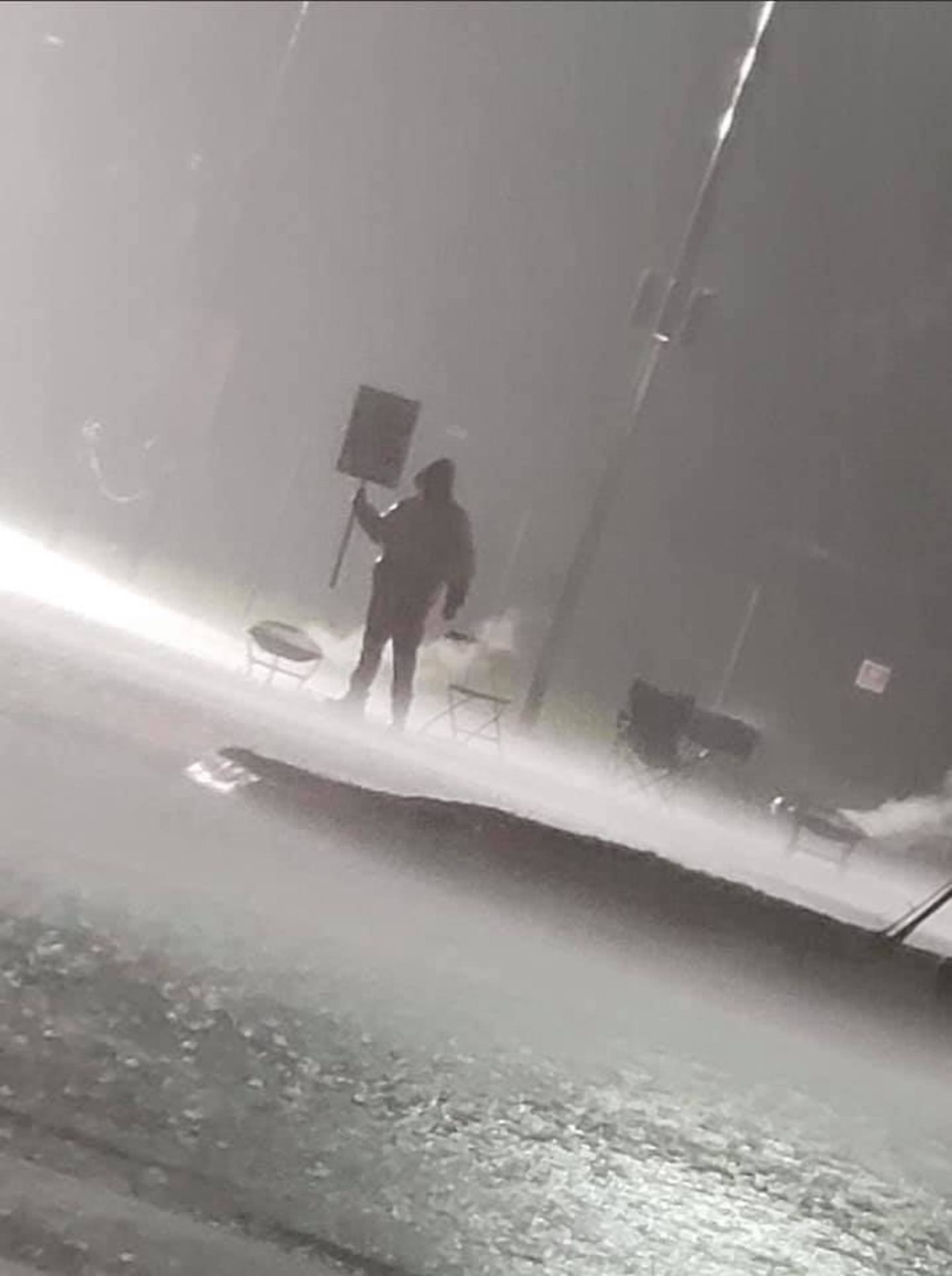 The Kellogg's Worker in This Viral Photo Told Us Why He's Braving the Storm