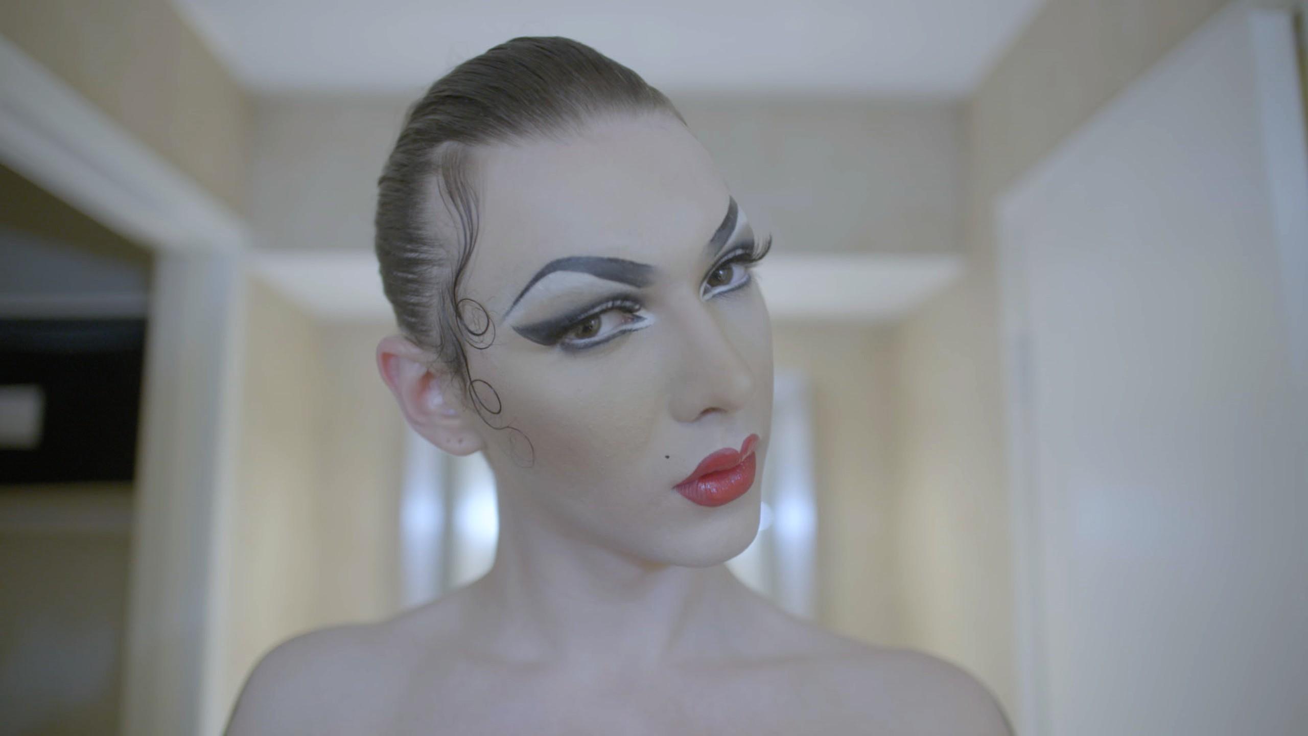 i-D a rencontré Violet Chachki, la reine des drag-queens