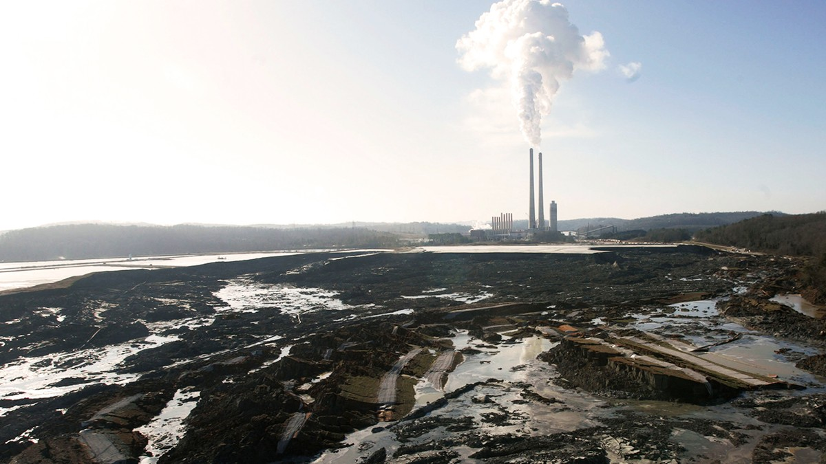 Toxic Waste in the US: Coal Ash - VICE Video ...