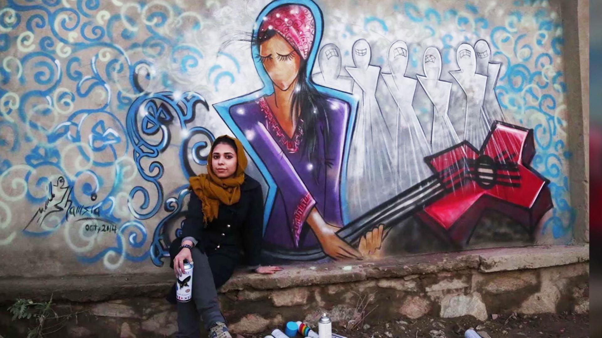 Kabul's Female Graffiti Master