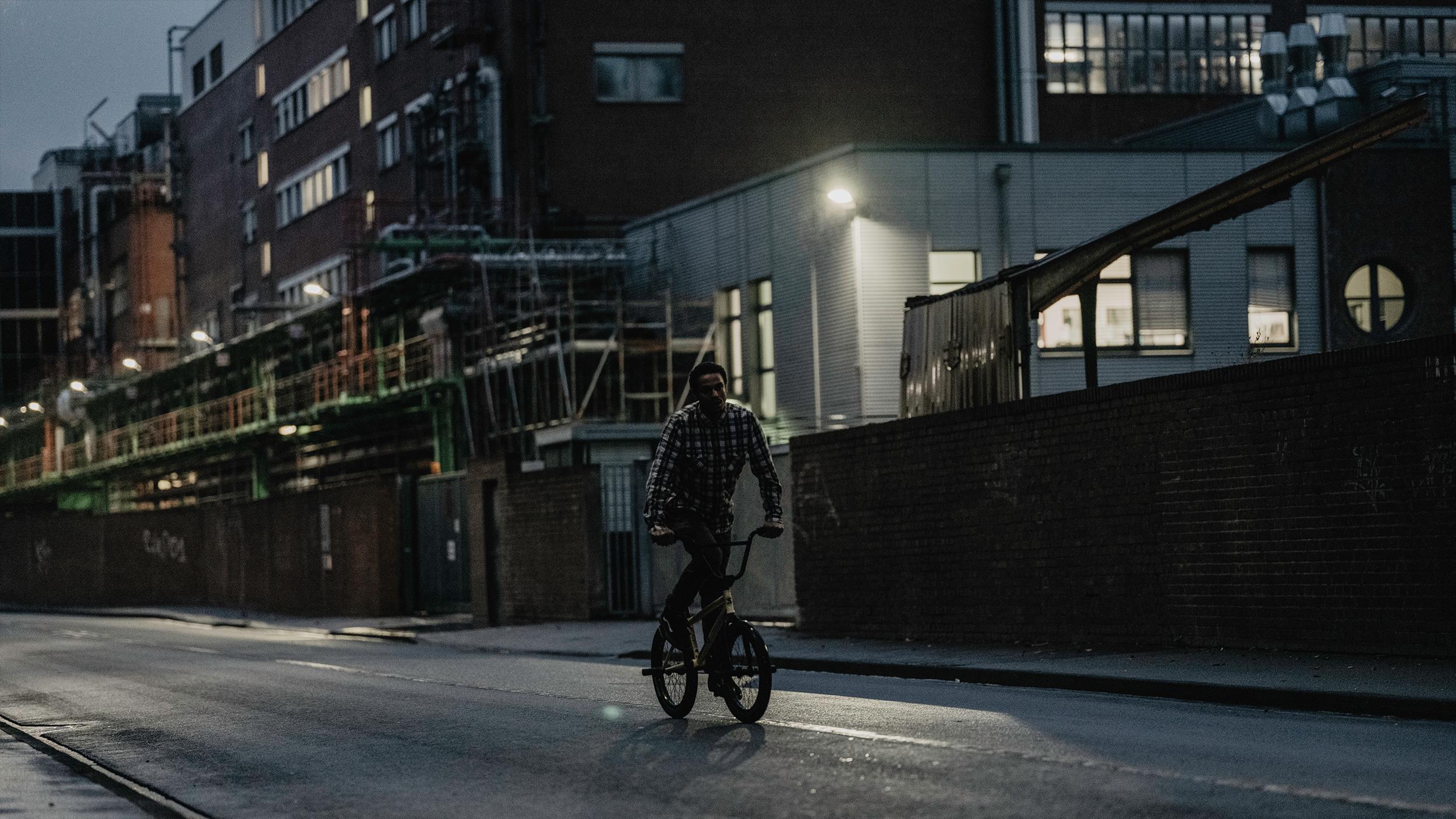 Markus Reuss fährt BMX