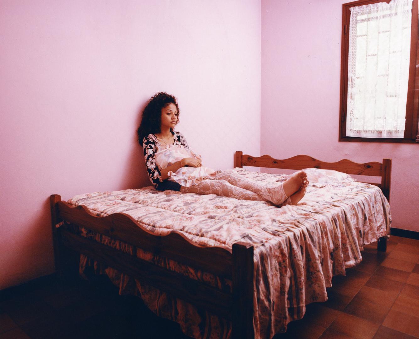 1594372811324-Lorrie-in-her-bedroom-lEtang-Reunion