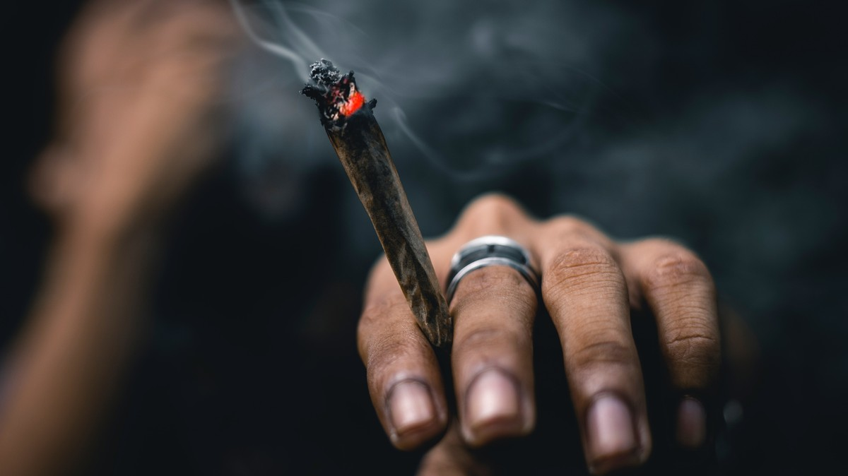 Study Finds People Who Smoke Weed Are More Likely to Have 'False Memories'