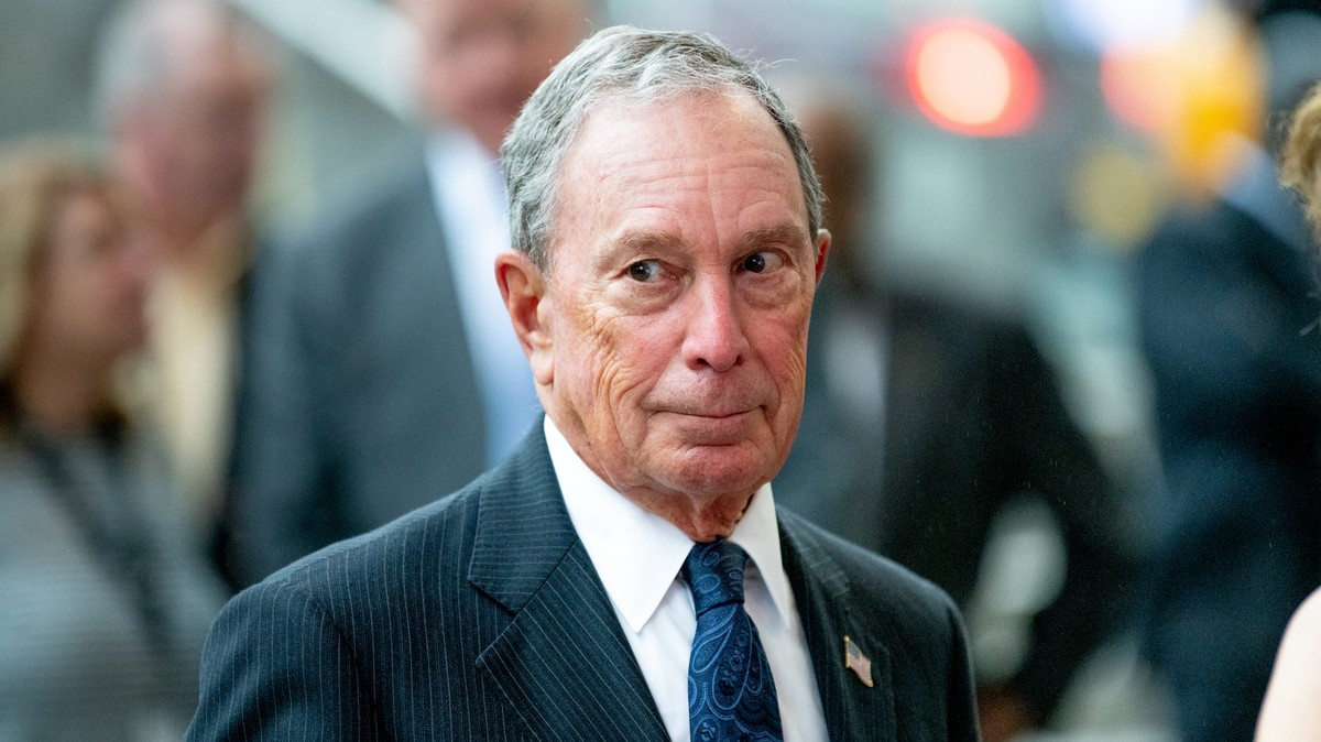 , Bloomberg Caves to Elizabeth Warren and Says He'll Release Women From 3 NDAs, Saubio Making Wealth