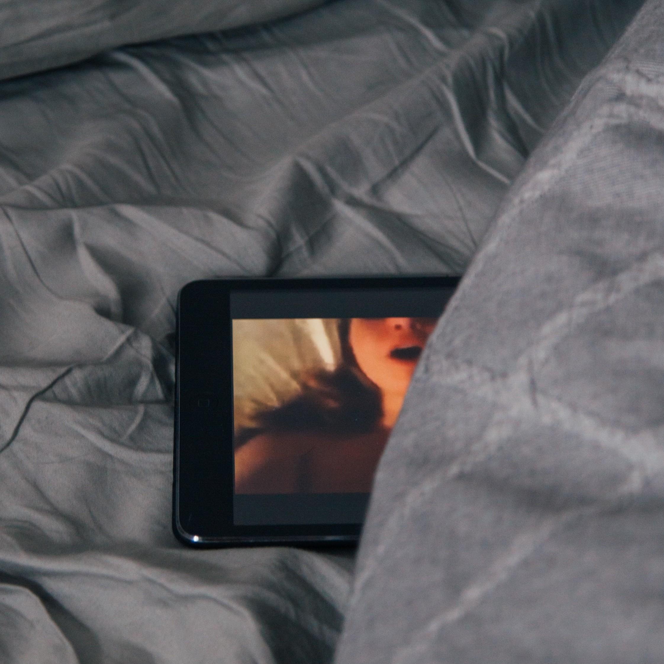 Actrices Porno Vestidas De Epoca Años 20 vice - el porno sigue filmándose durante la cuarentena: así