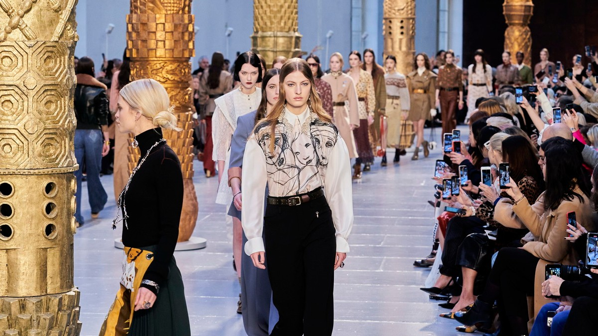 The models at Chloé AW20 walked like they were wearing their own clothes