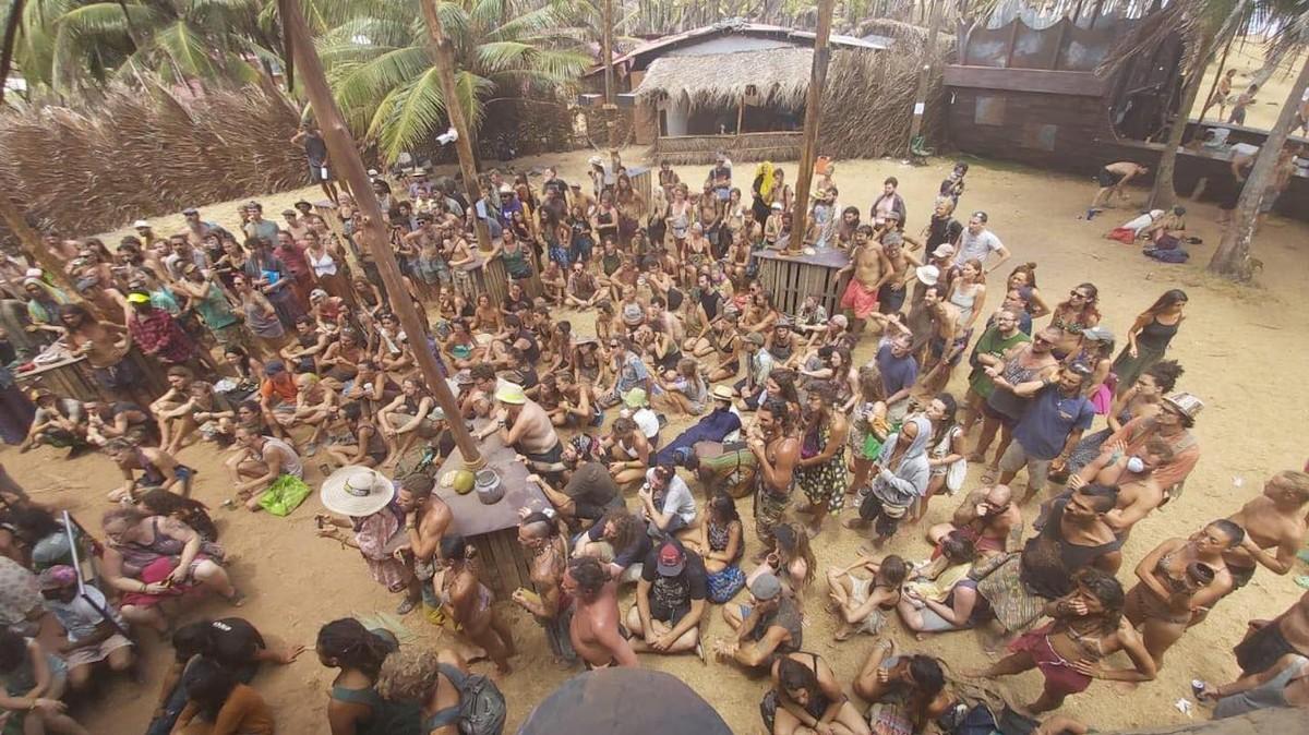300 pessoas estão presas num festival de música no Panamá por causa do coronavírus
