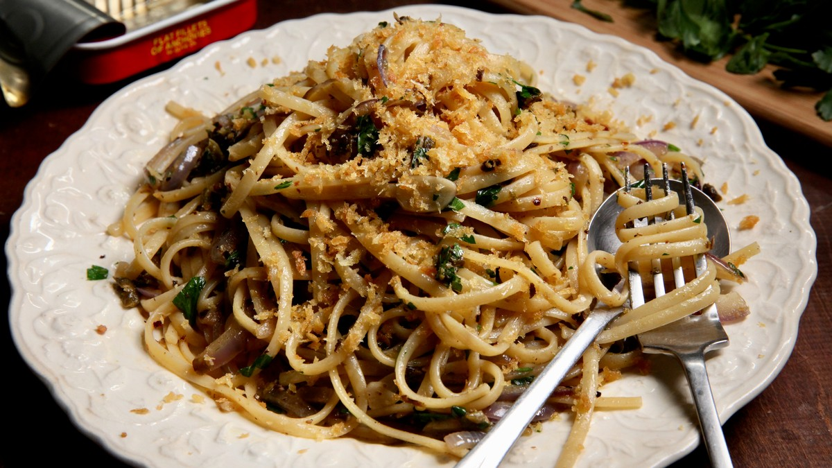 Pantry Pasta with Linguine and Anchovies Recipe