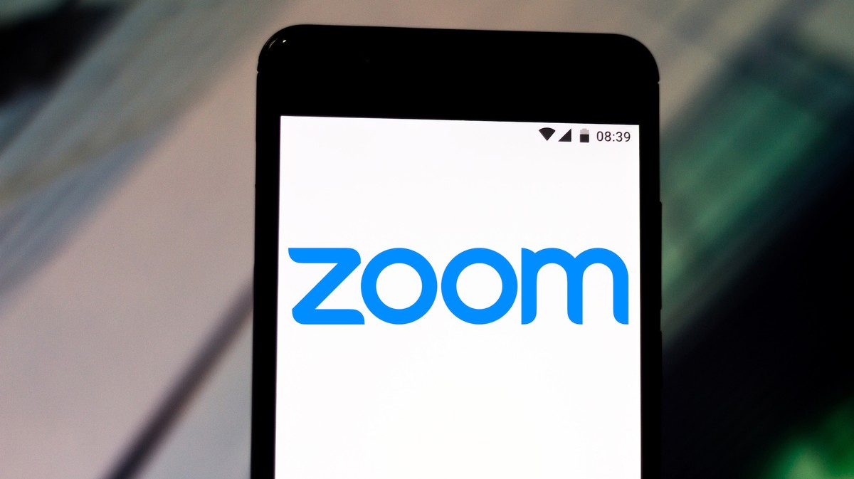 Zoom iOS App Sends Data to Facebook Even if You Don't Have a Facebook Account