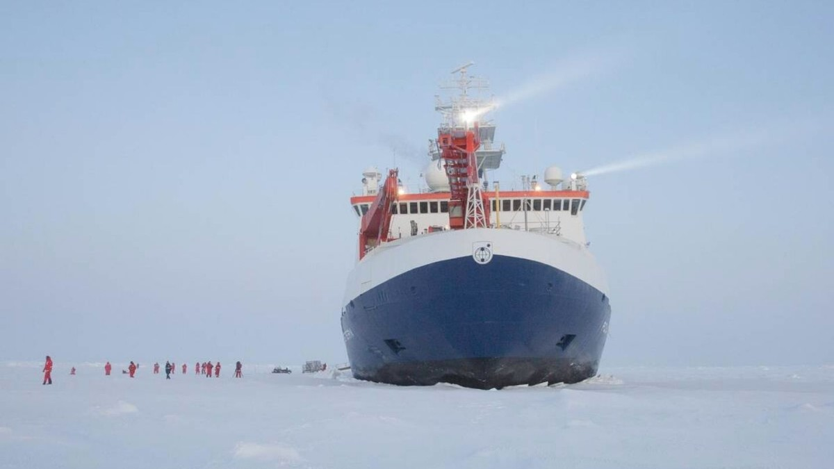 Scientists Are Stuck on an Ice-Locked Ship in the Arctic Due to Coronavirus