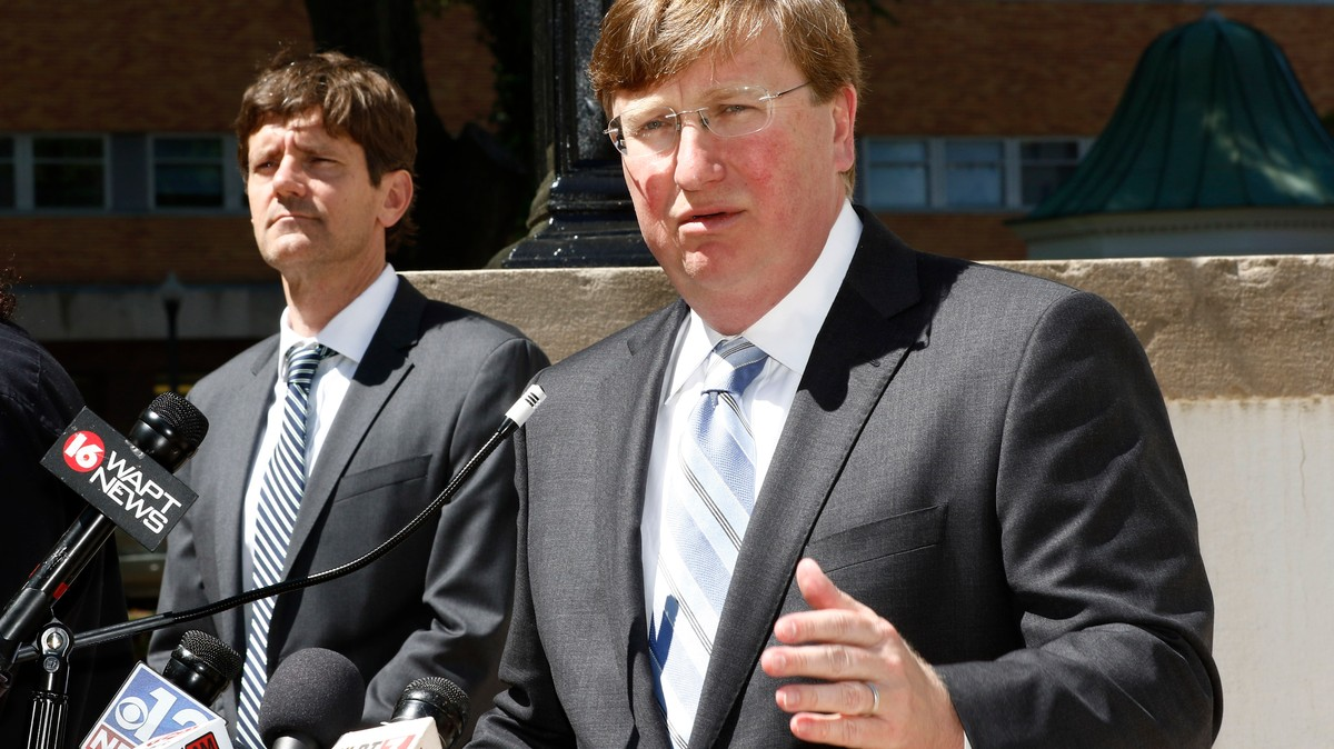 'Mississippi's Never Going to Be China': These Southern Governors Are in No Rush to Close Their States Over Coronavirus