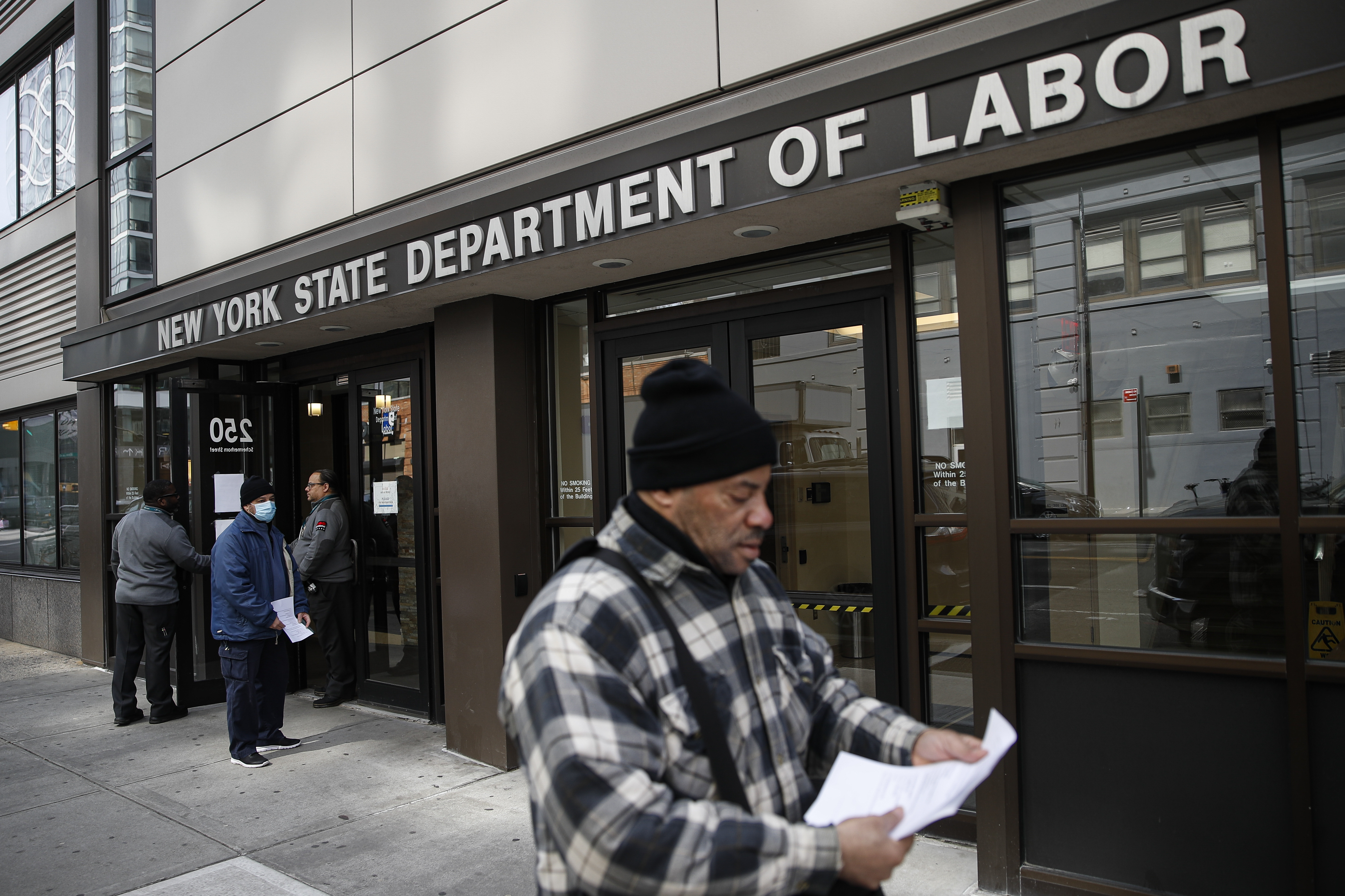 Filing for Unemployment Is a Complete Shitshow Right Now