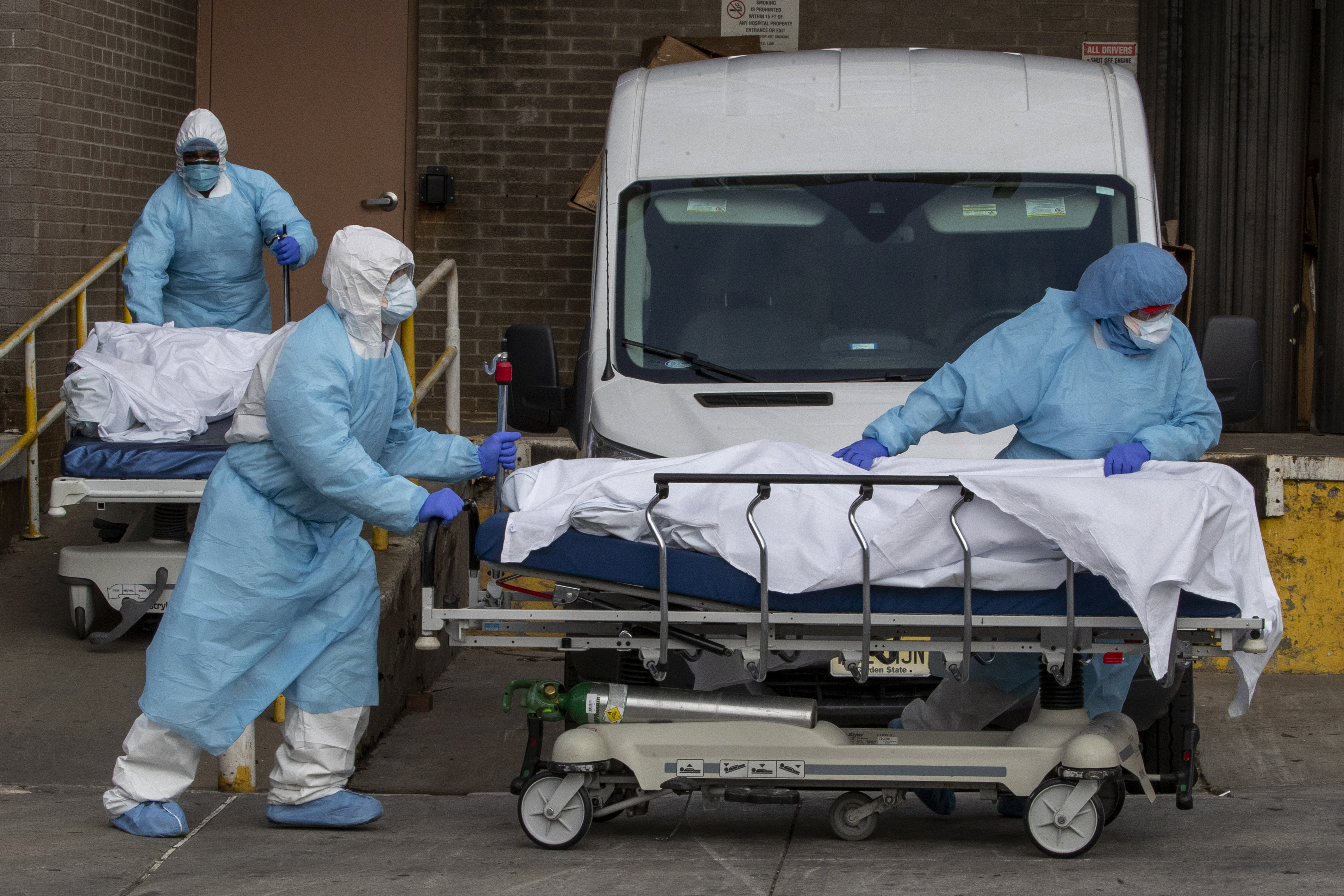 , The Pentagon Is Trying to Buy 50,000 Body Bags for People Expected to Die of Coronavirus, Saubio Making Wealth