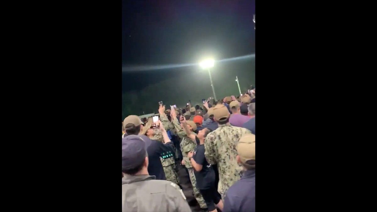, Watch This Navy Crew Cheer Their Captain After He Was Relieved of Duty for Warning of Coronavirus Outbreak, Saubio Making Wealth