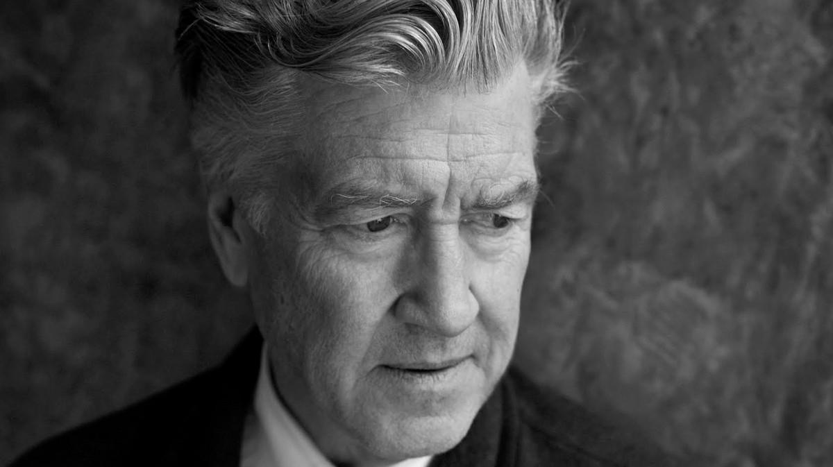 David Lynch quer que você medite, quem sabe faça uma luminária durante a quarentena