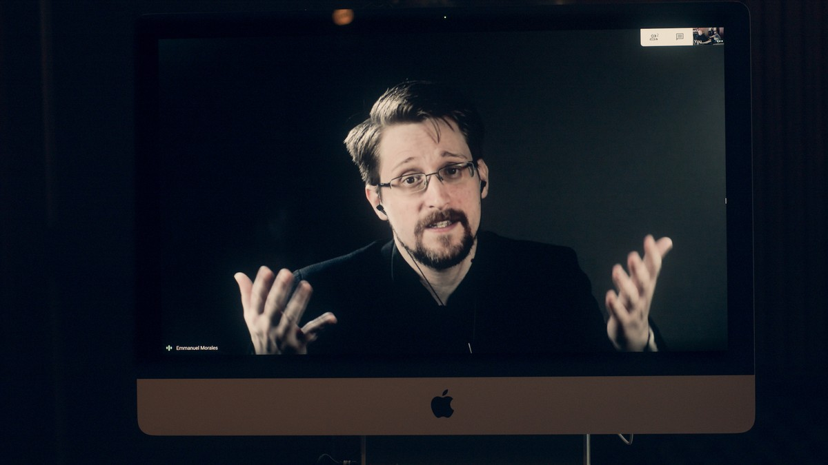 Snowden Warns Governments Are Using Coronavirus to Build 'the Architecture of Oppression'