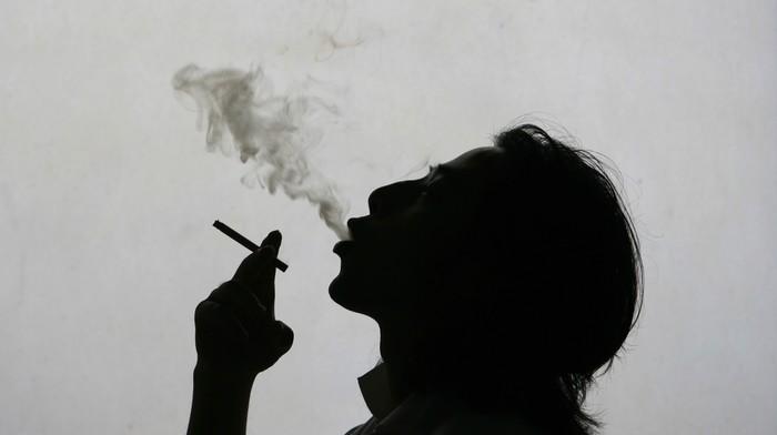 ¿Por qué los fumadores son hospitalizados con menos frecuencia por el coronavirus? 1588085273430-GettyImages-74364286.jpeg?crop=1xw:0.8654xh;0xw,0