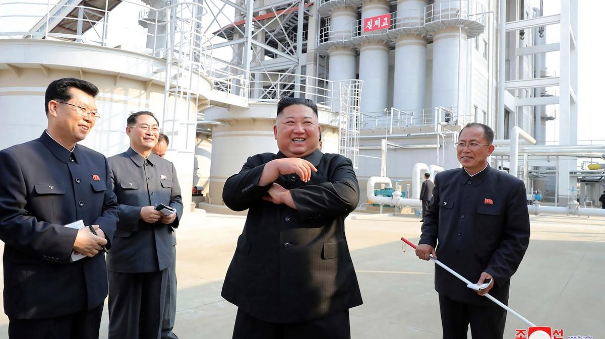 , Kim Jong Un Has Suddenly Reappeared — at a Fertilizer Factory, Saubio Making Wealth