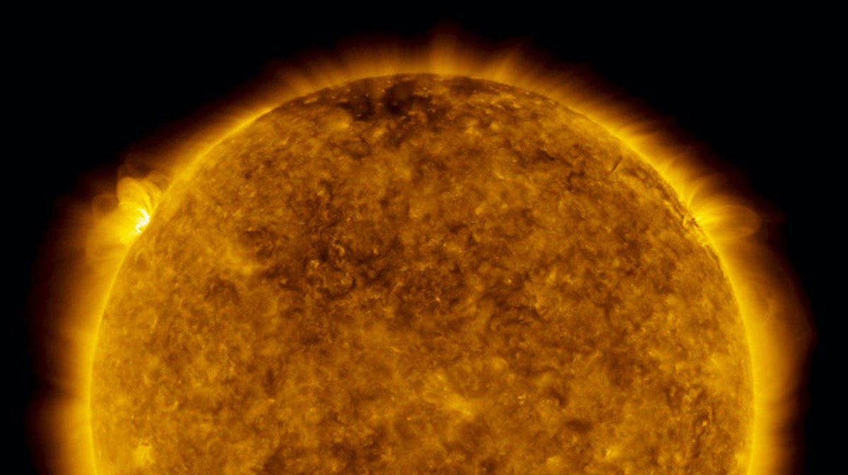 Image of article 'The Sun Has Been Hibernating for Years. It Might Be Waking Up'