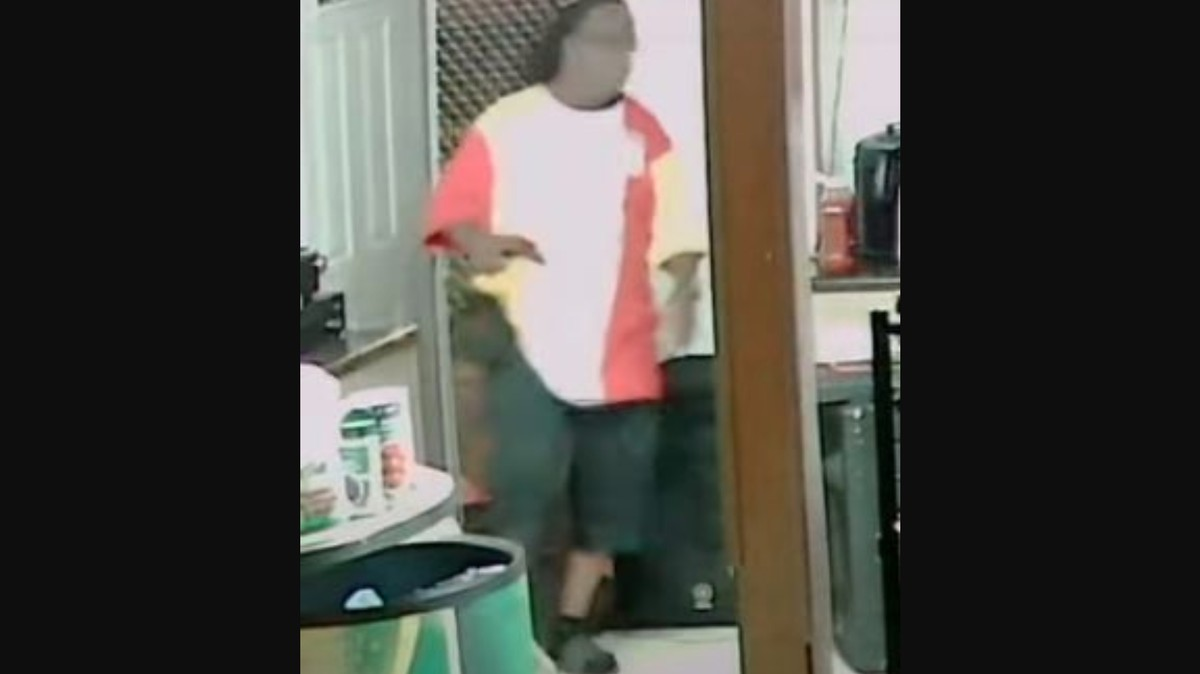 , Louisville Cops Say the Black Barbecue Owner They Shot And Killed Fired First. It's Impossible to Tell From the Security Video., Saubio Making Wealth