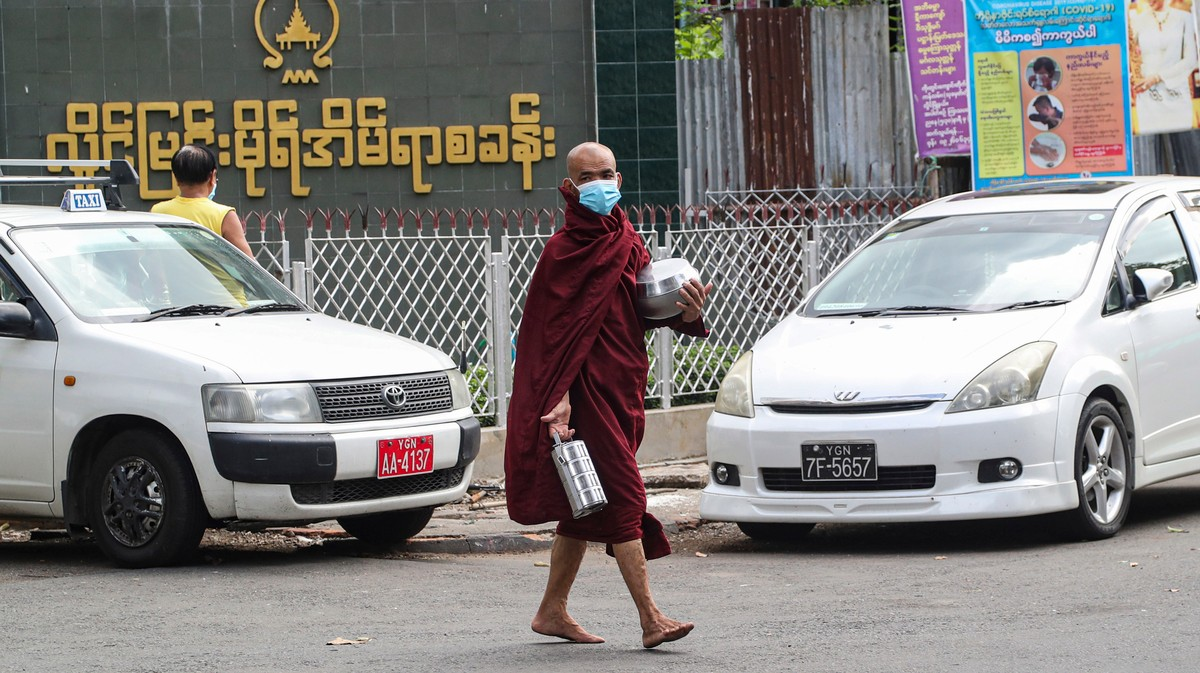 People in Myanmar Don't Know About Coronavirus Because the Government Blocked the Internet : The government of Aung San Suu Kyi ordered telecoms companies to shut down mobile internet coverage in two states. That was a year ago.