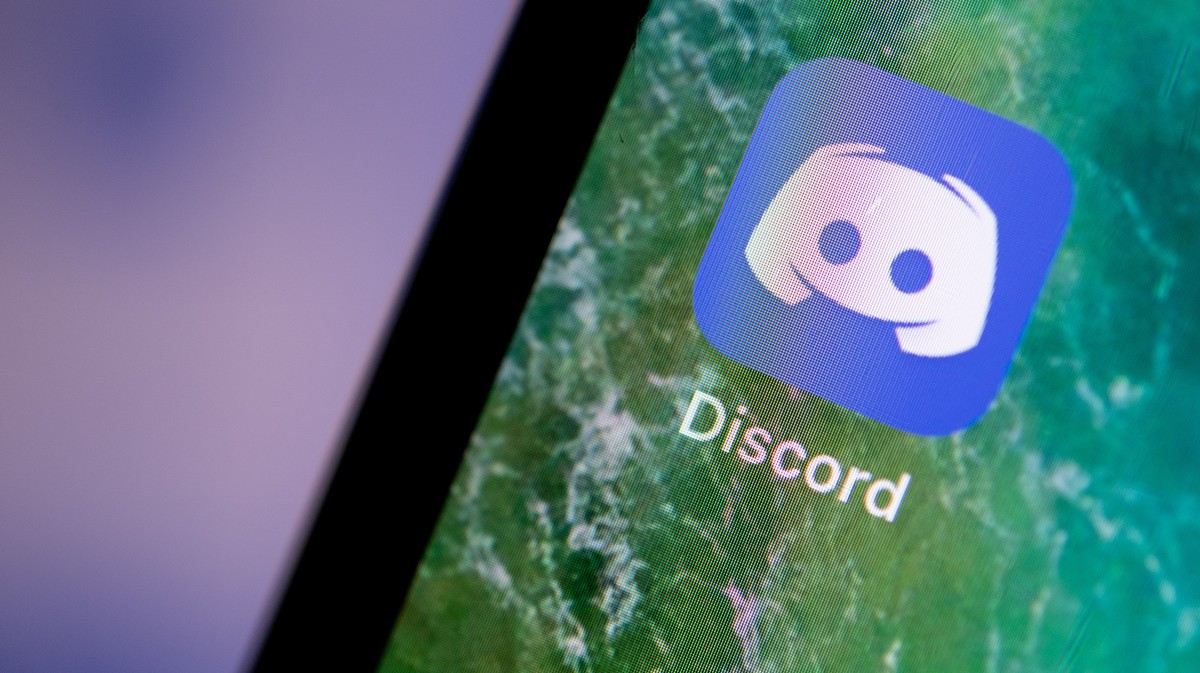 VICE - Discord Just Shut Down the Biggest 'Boogaloo' Server for Inciting Violence