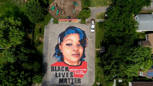 Breonna Taylor Activists Are Live-Streaming Their Hunger Strike