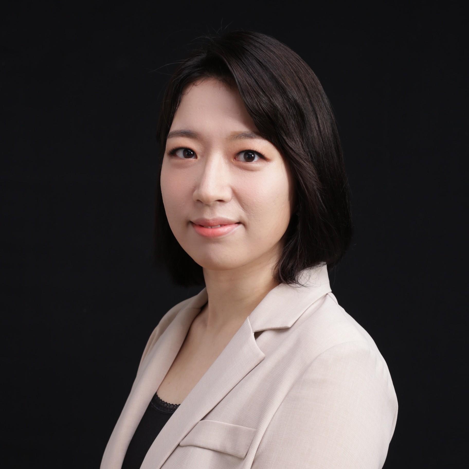 Min Ji Koo