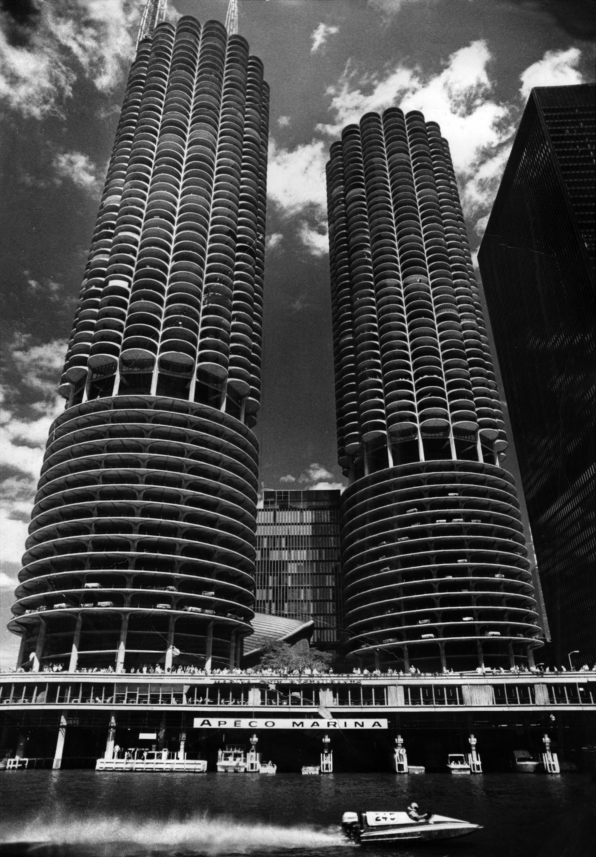 The Wilco Towers How Yankee Hotel Foxtrot Redefined Chicago Skyline