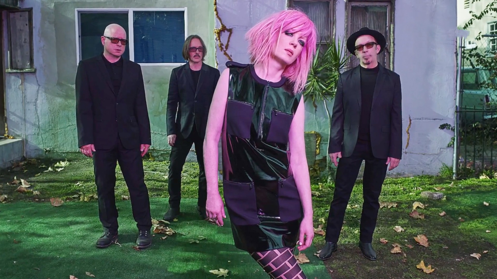 Shirley Manson on Body Image, Fetishizing the 90s, and the Genius of Beyoncé