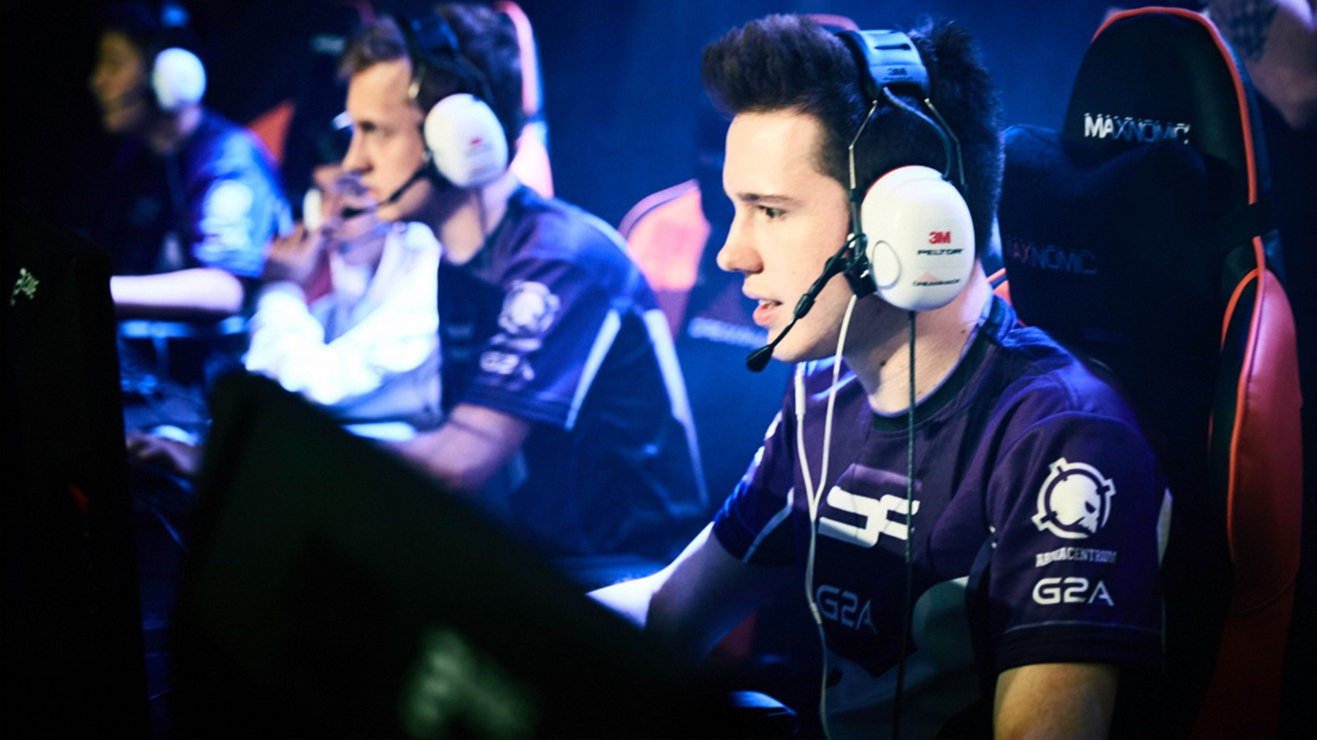 The Road to DreamHack: Inside the Competitive World of SMITE