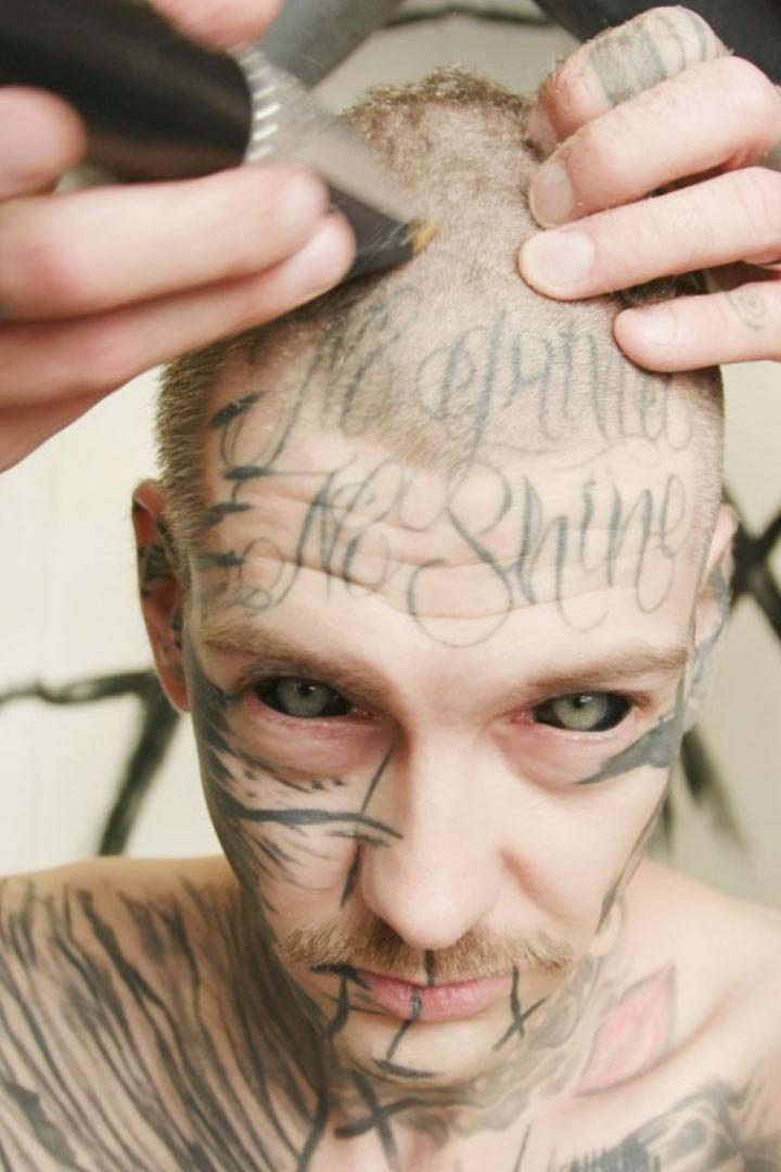 Rippen seite tattoo frauen Tattoo Hüfte