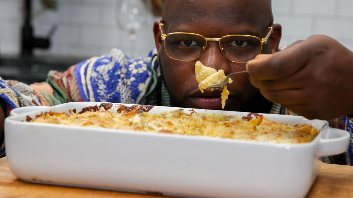 Meyhem Lauren's Crab Mac and Cheese - How To