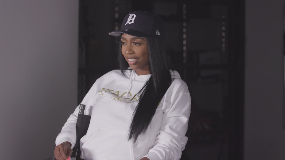 Kash Doll on Aaliyah, Wigs, and Working at Little Caesars | Noisey Questionnaire of Life